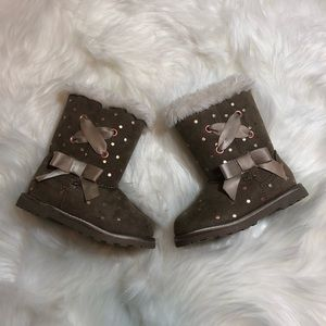Other - New! Fur Boots